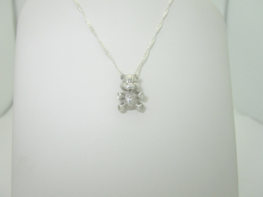 Vintage solid sterling silver detailed teddy bear pendant necklace 16 aloadofball Images