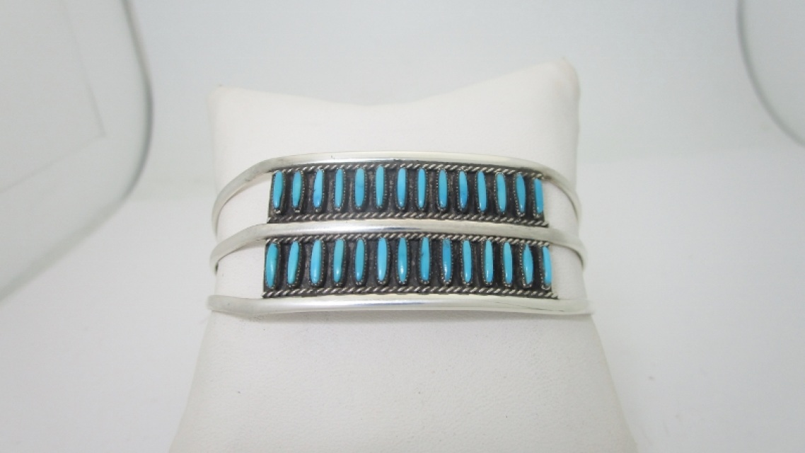 Native American Indian Zuni Needlepoint Turquoise Cuff Bracelet Size 7