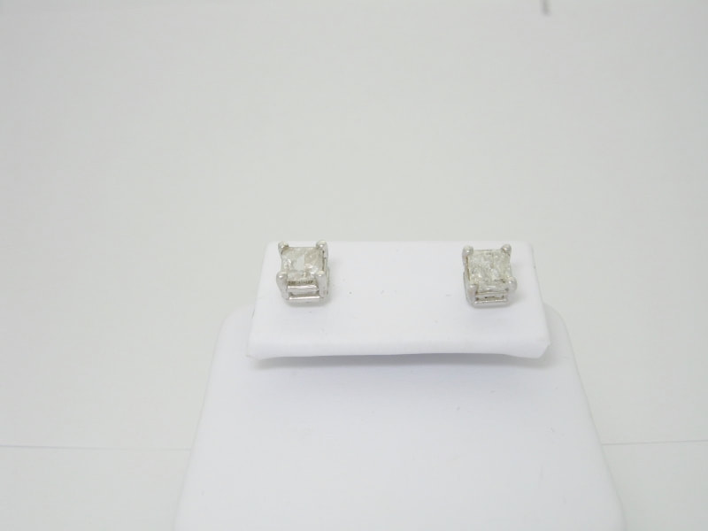 6e0e8eb18f943 Diamond studs, diamond studs for men, diamond studs for women ...